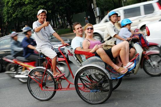 Cyclo Tour - A unique travel to Sai Gon